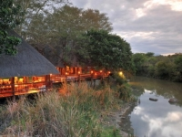 Thornybush Waterside Lodge 16