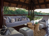 Thornybush Waterside Lodge 6