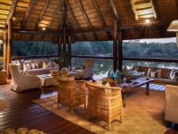 Thornybush Waterside Lodge 7