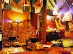 Timamoon-Dining
