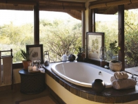 Tuningi Suite Bathroom