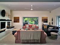 umSisi Sitting Room and Veranda