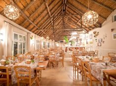 Umngazi-Dining-Area