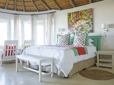 Umngazi-Garden-Facing-Room