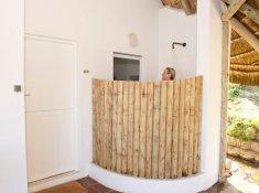 Umngazi-Outside-shower