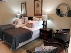 Valley-Lodge-Standard-Room