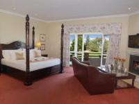 Walkersons Honeymoon Suite 4