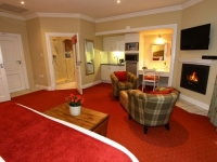 Walkersons Luxury Lakeside Suite 3
