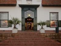 Welgelegen Manor Entrance