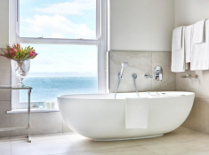 Marine-Premier-Suite-Bathroom