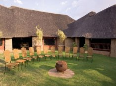 Zebra-Country-Lodge-10