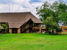 Zebra-Country-Lodge-Stables-1
