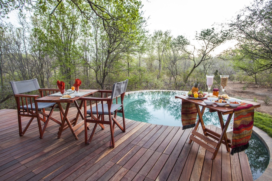The Pilanesberg: Luxury Lodges for a Super-Scenic Big 5 Safari in South Africa