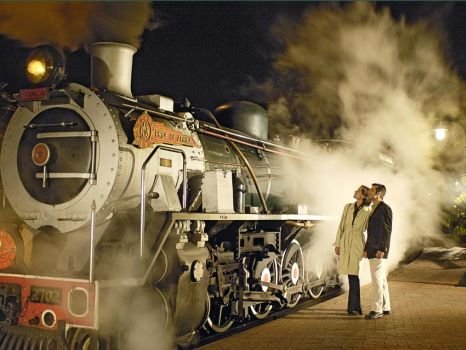 Revel in the Ritz of Rail Travel: Take a Trip on Rovos Rail