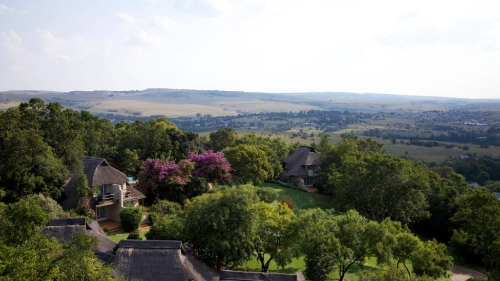 Magical Magaliesberg: What to Do & Where to Stay