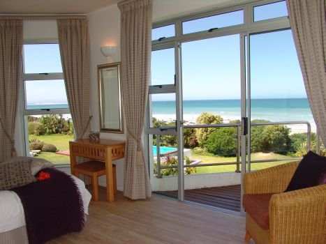 Self cathering apartment accommodation in Jeffreys Bay