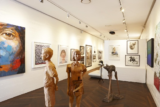 Art this not Fine?  Ellerman House is The Destination in Cape Town for Art-at-Heart People