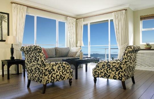 Bantry Bay Luxury Suites