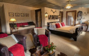 Cleopatra Bedroom 11