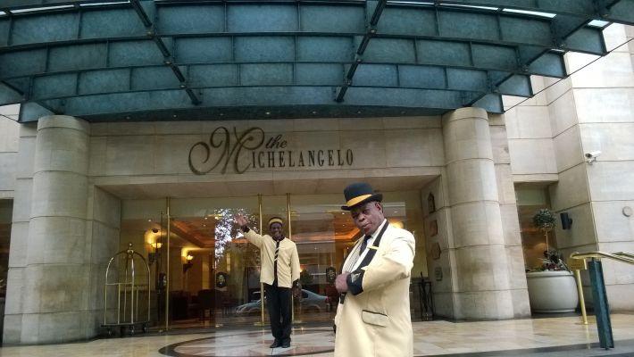 5 Star Luxury Accommodation on Nelson Mandela Square in Sandton, Johannesburg: The Michelangelo