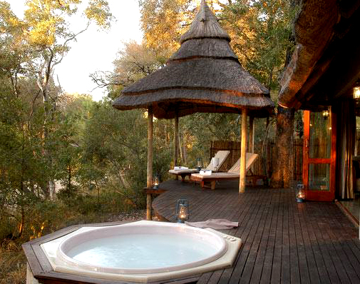 Six Jacuzzi Jaunts in the Wilderness: Where to Find A Jacuzzi Tub on Safari in South Africa