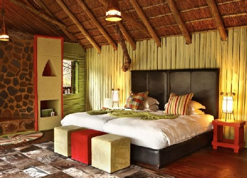 Jaci's Tree Lodge Bedroom