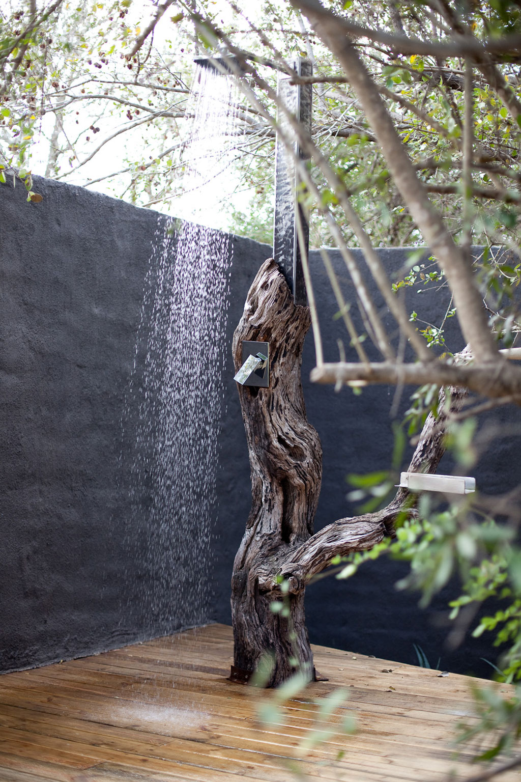 Luxury outdoor showers and bath tubs on safari   Exclusive ...