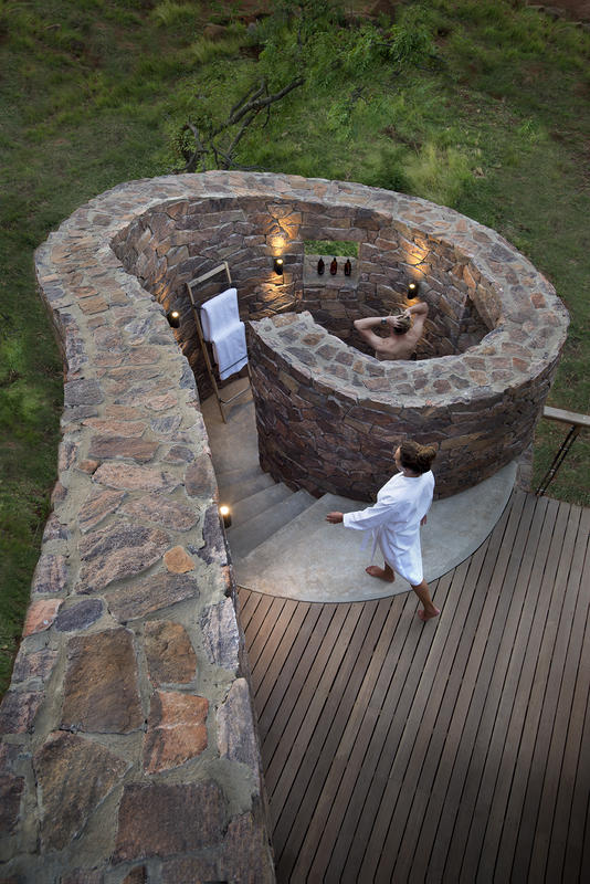 Luxury outdoor showers and bath tubs on safari exclusive for Landscaping rocks for sale johannesburg