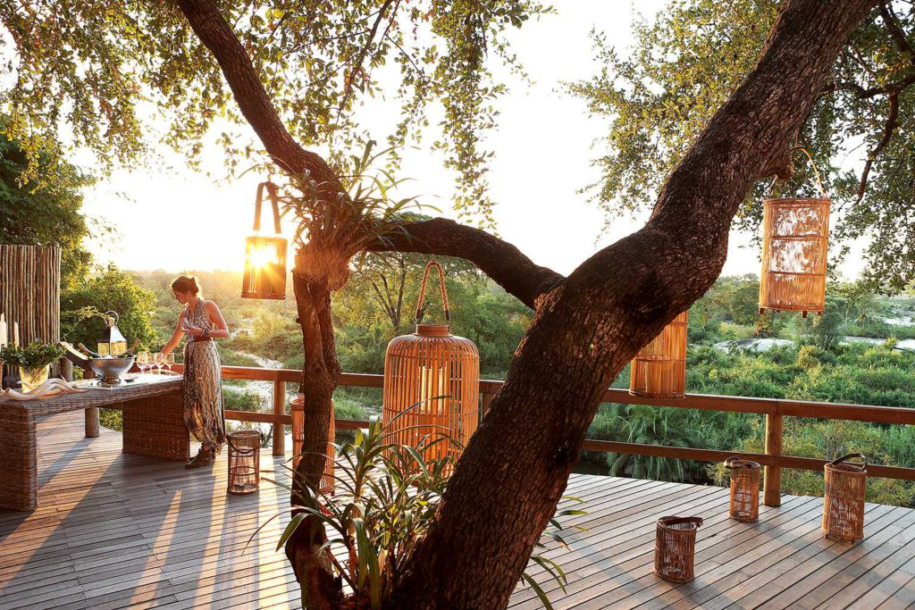 All Decked Out: Stunning Leisure Decks for Your South African Safari
