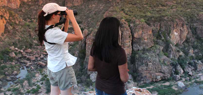 Guided walking safaris in South Africa