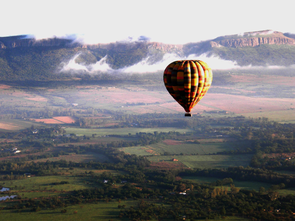 "Exclusive Getaways: Bill Harrops ""Original"" Hot-Air Balloon Safaris Special Offer"
