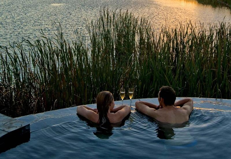 Travel the Extraordinary Eastern Cape: Luxury Accommodation for Beach, Bush, City and Countryside Holidays