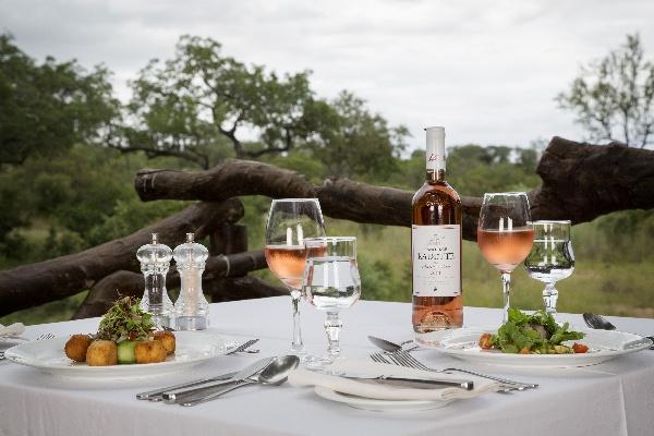 romantic safari destinations for engagements, honeymoons and celebrations