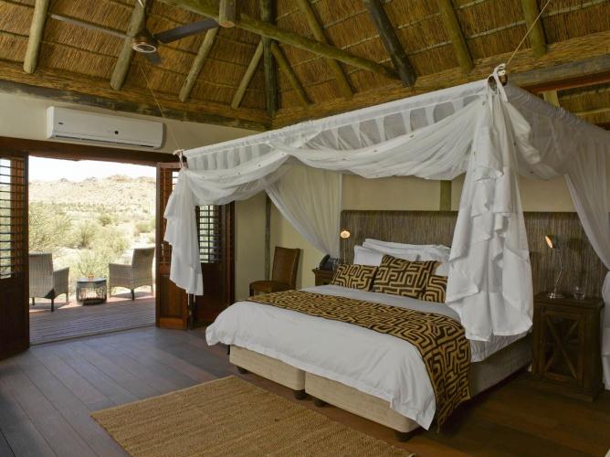green kalahari experiences and luxury accommodation
