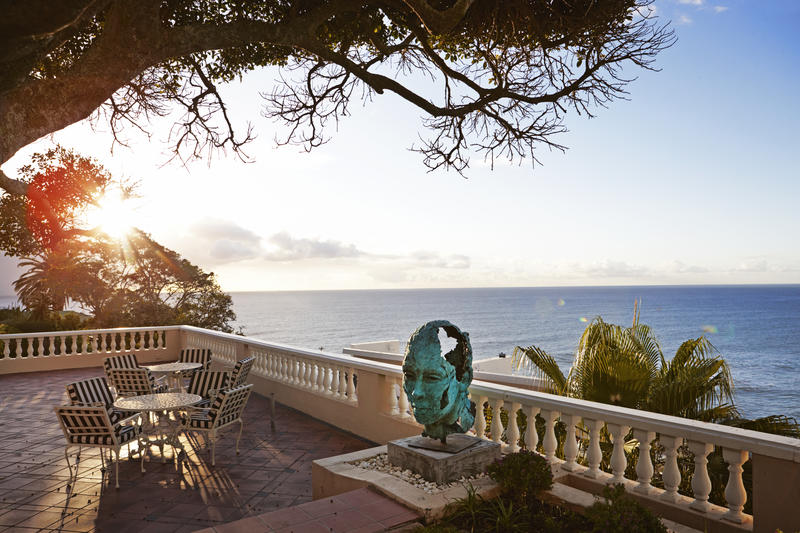 exclusive holiday accommodation bantry bay cape town