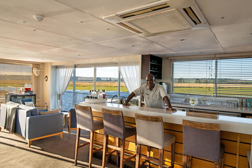 zambezi queen luxury houseboat river safari chobe river